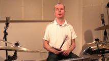Suomalainen valssi sudeilla, opetus (rummut)
