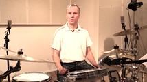 Tango vispilöillä, opetus (rummut)