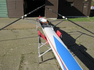 Aylings single scull (approx 1990) + blades, trestles & roof rack
