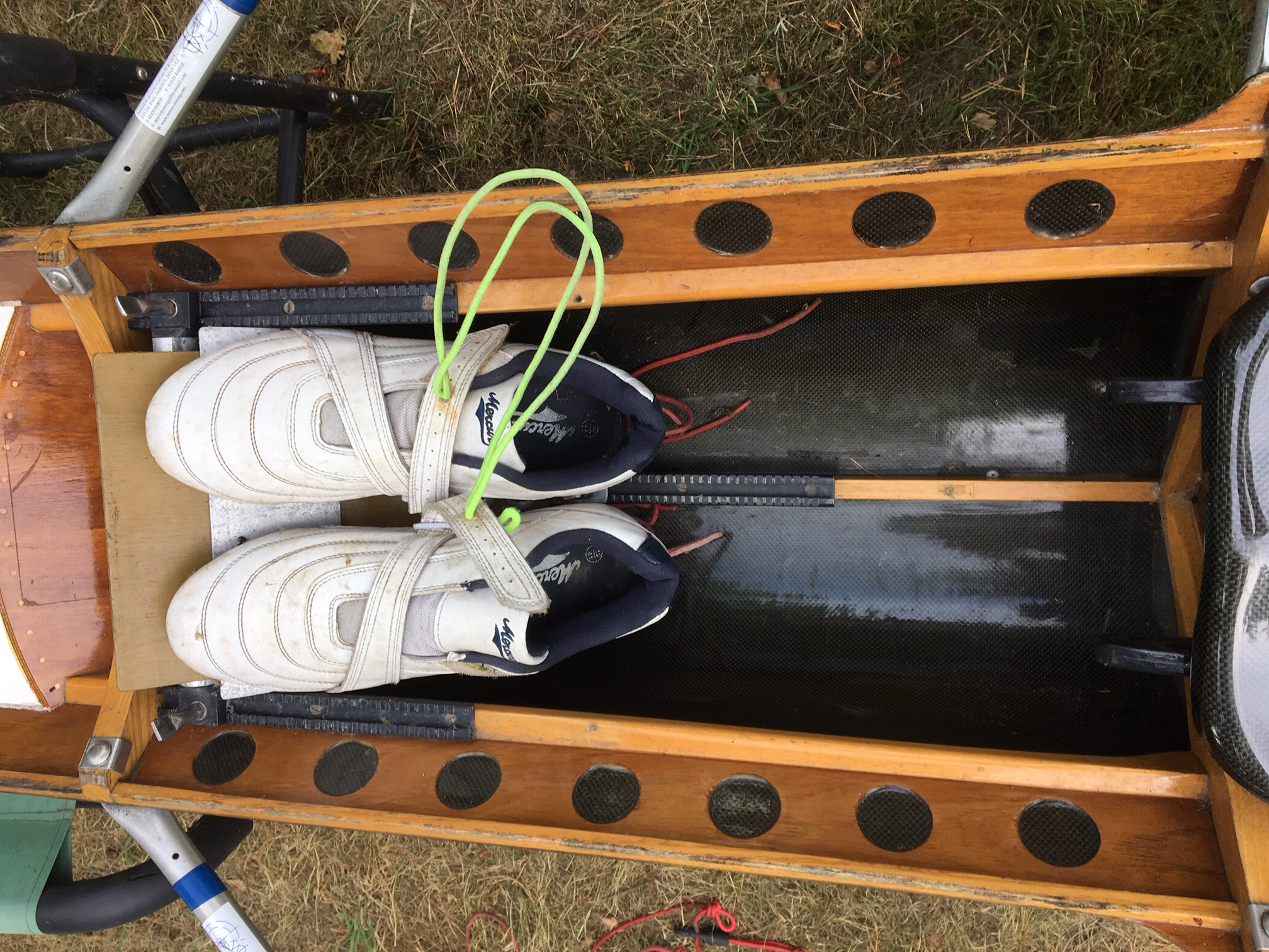 Single Scull 75 - 85kg with pair of blades