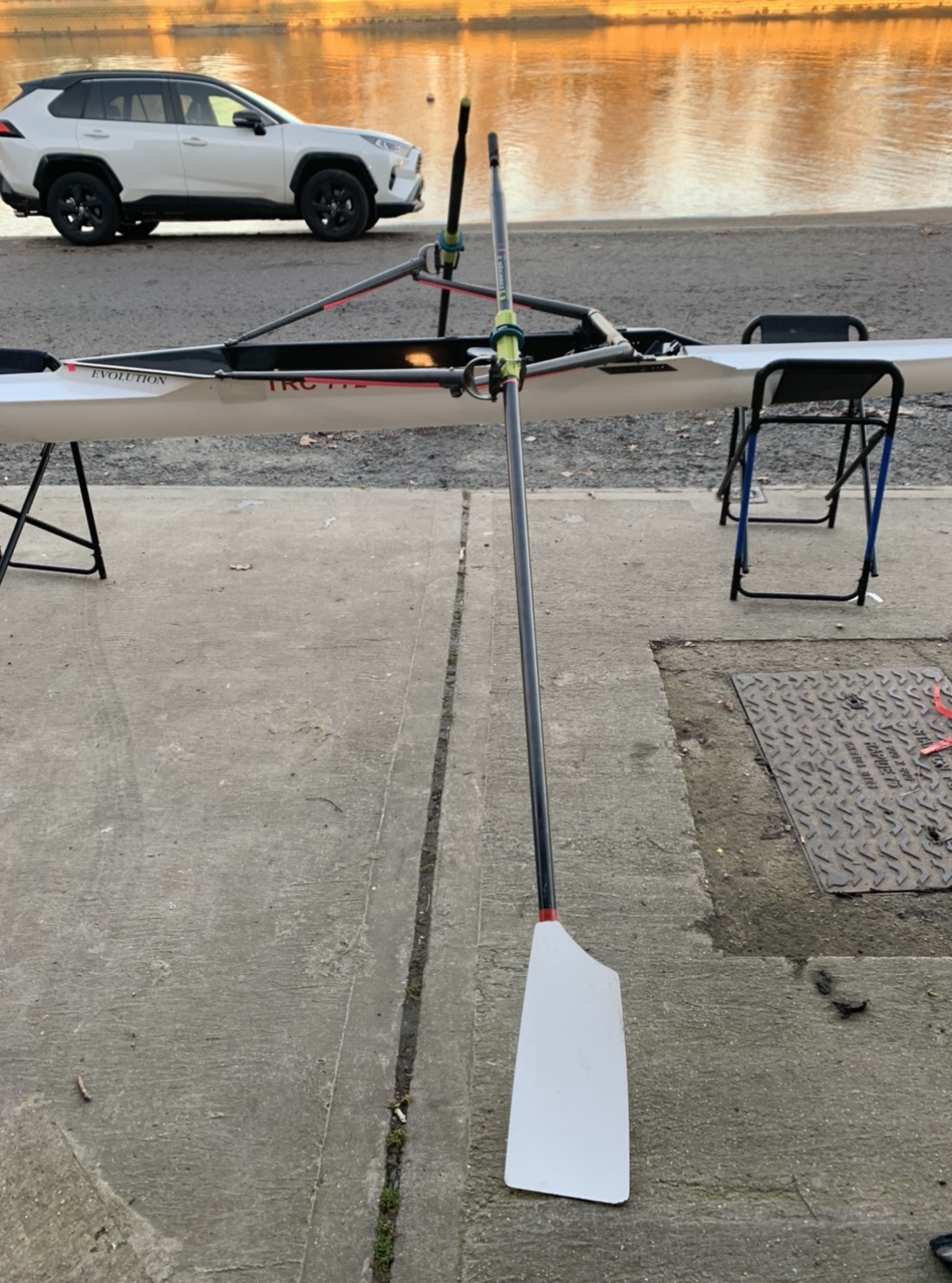 Sims 1x (65-75kg) with C2 Oars and Stroke Coach (red)