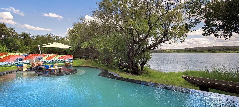 River-Lodge