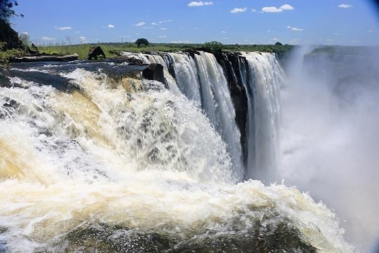 Vic-Falls-Zambia-1