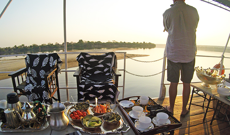 Breakfast on the Zambezi