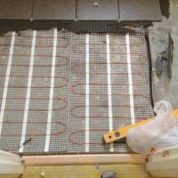 Instllaton of under floor heating