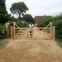 New electric  gates and driveway
