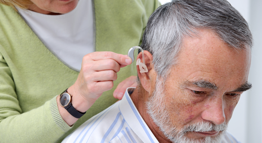 Dating een man met gehoorapparaat