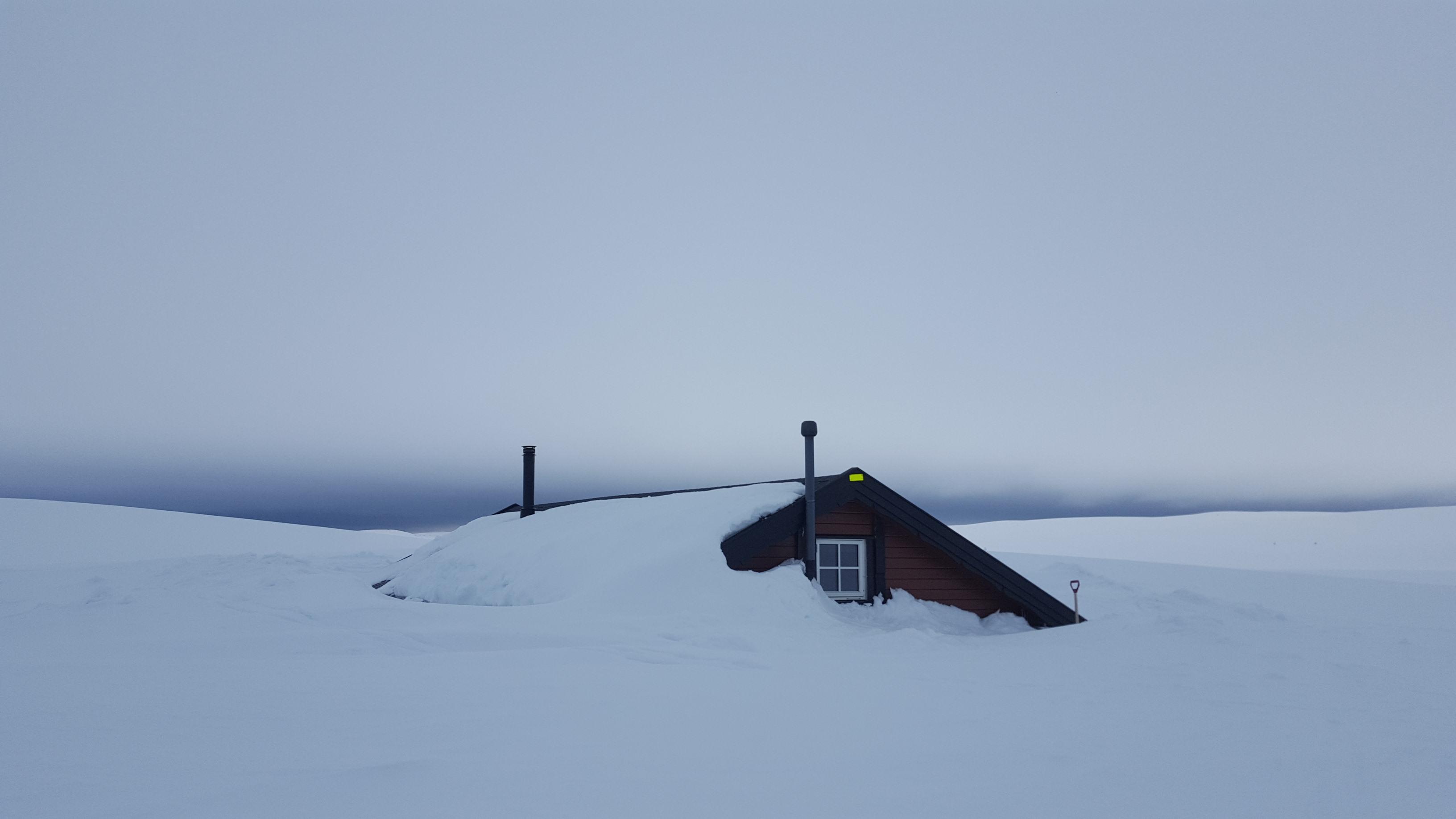 Nedsnødd hytta