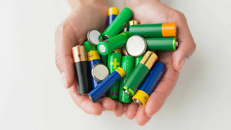 batteries to be recycled