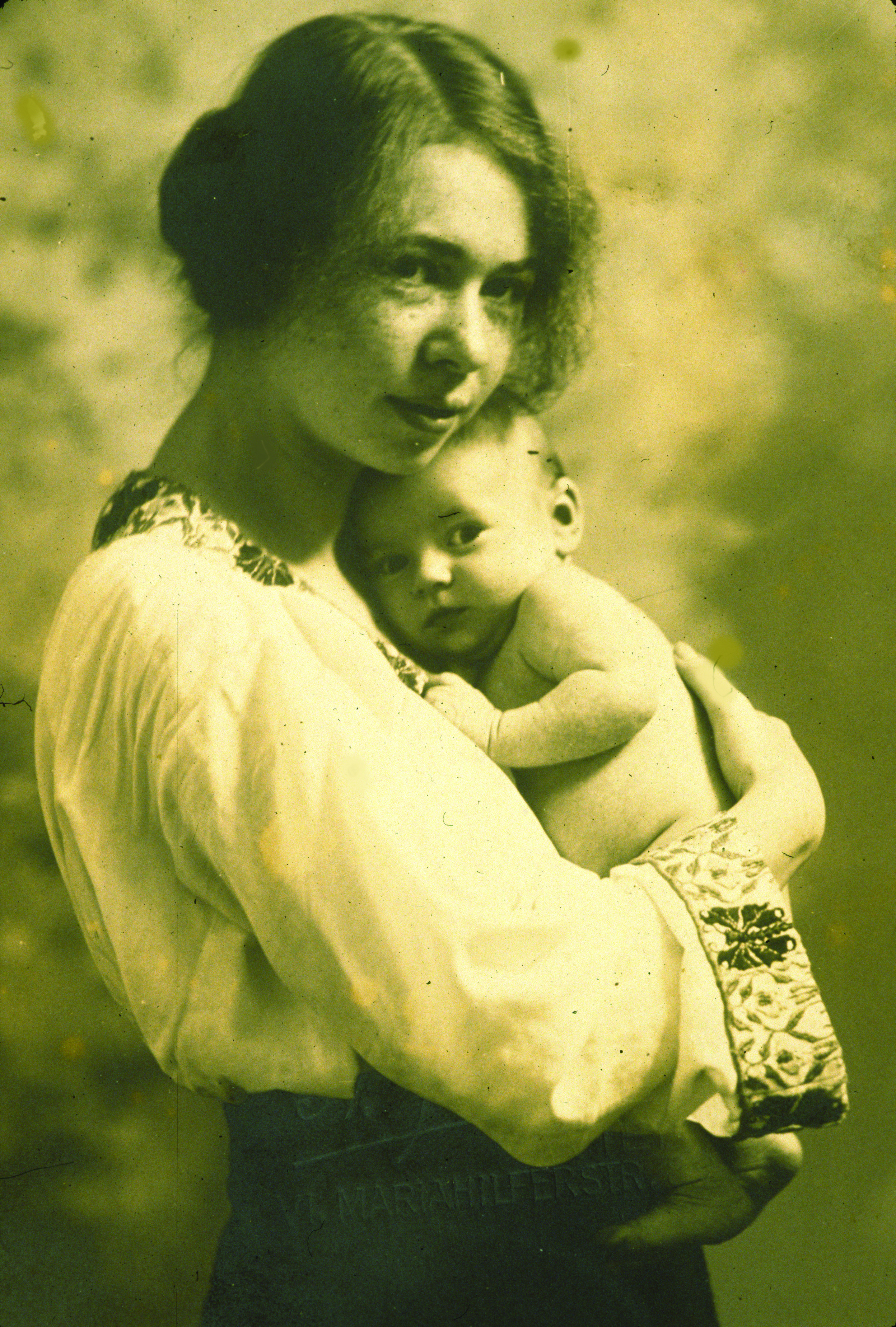 Edith with her mother