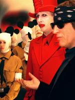 Marilyn-Manson-Der-selbsternannte-Antichrist-holte-sich-Hilfe-von-Gottfried-Helnwein-seinem-Lieblingskuenstler.-