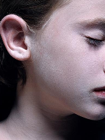GOTFRIED-HELNWEIN-THE-CHILD-One-man-show-Fine-Arts-Museums-of-San-Francisco-California-Palace-of-the-Legion-of-Honor