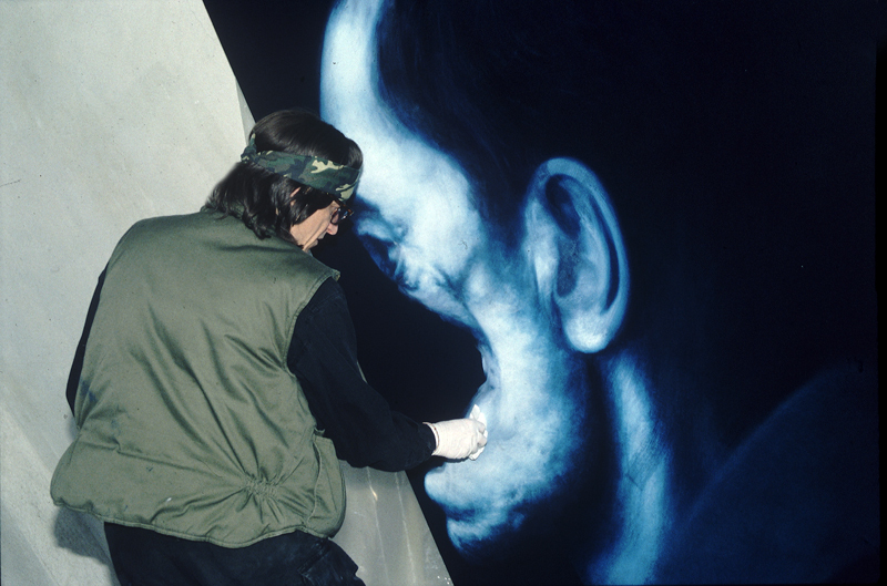 "Helnwein working on ""Righteous man"""