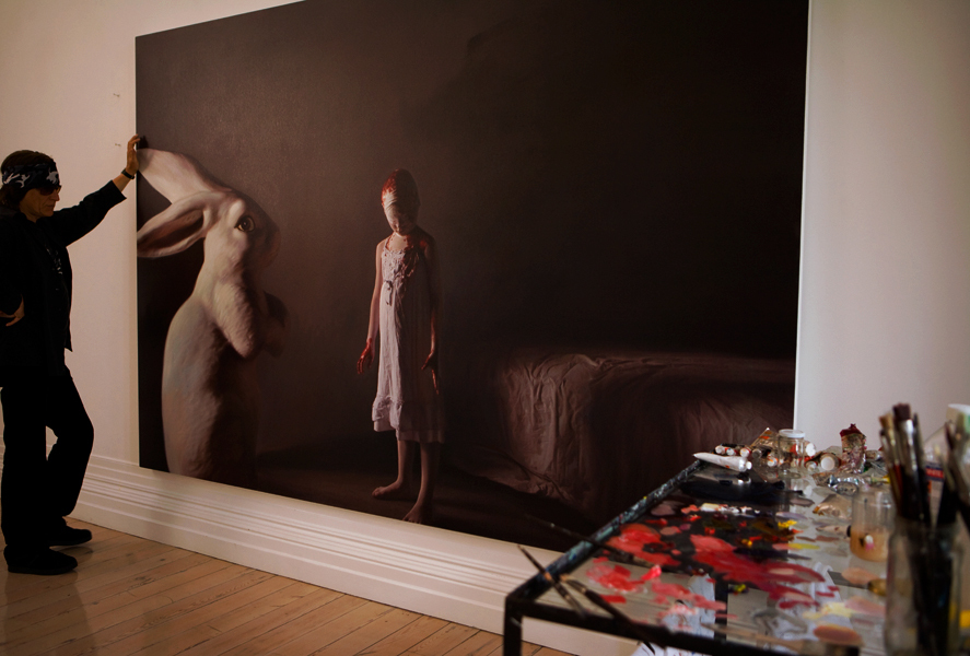 """Helnwein working on the exhibition """"The Disasters of War"""""""