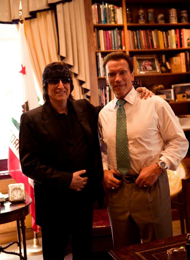 Helnwein and Governor Arnold Schwarzenegger at the Capitol in Sacramento
