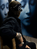 Peter-Frank-talks-with-Gottfried-Helnwein