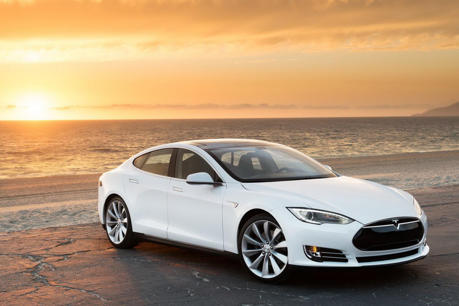Tesla financial lease