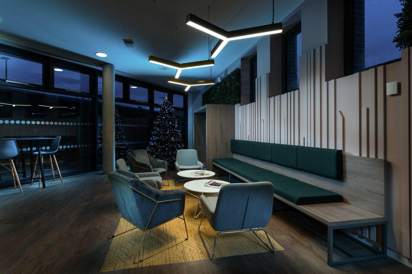 Southgate Hexa suspended luminaire