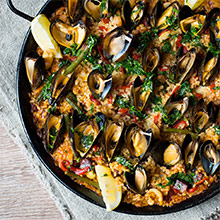 Lunch offer - Paella for 2 and a bottle of red wine