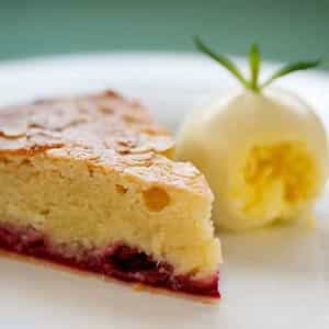 Bakewell tart with clotted cream