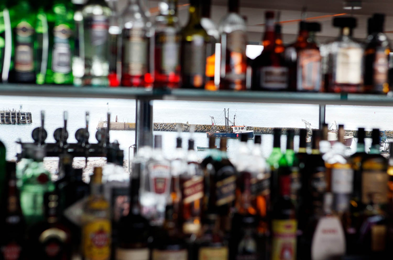 Mirrored bar - excellent drinks selection