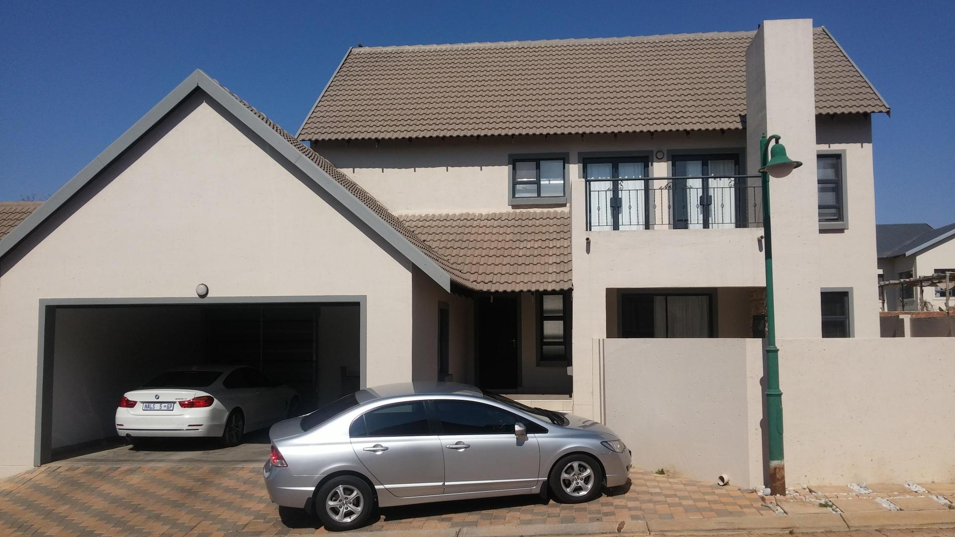 3 BedroomHouse To Rent In Heritage Hill