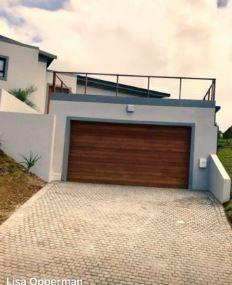 3 BedroomHouse For Sale In Essenwood