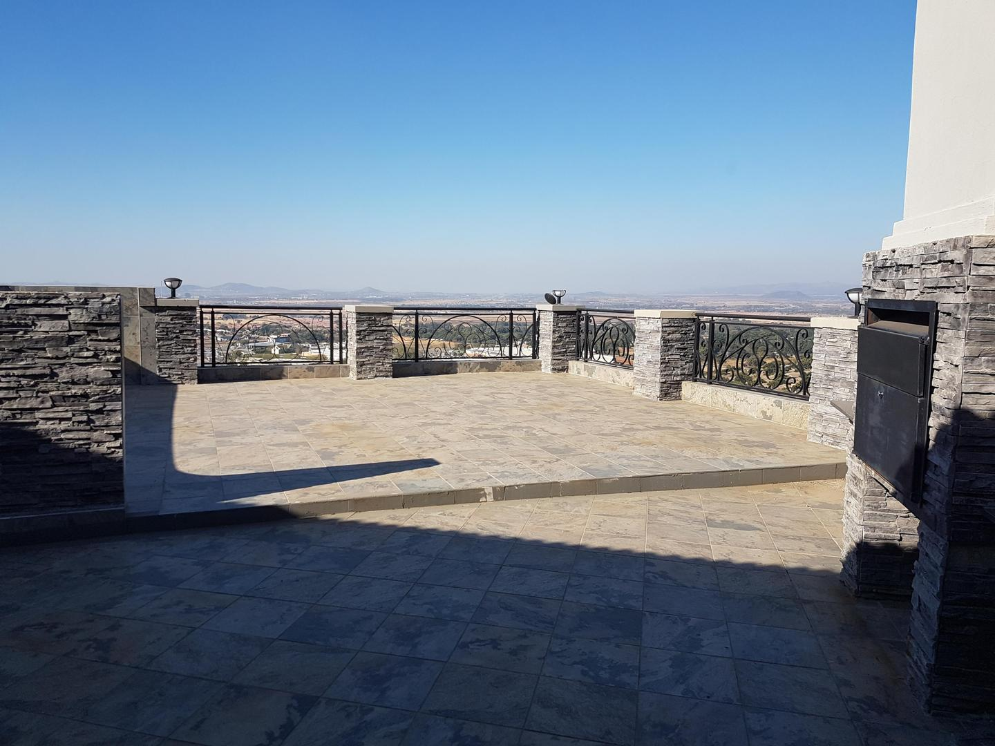 6 BedroomHouse For Sale In Cashan