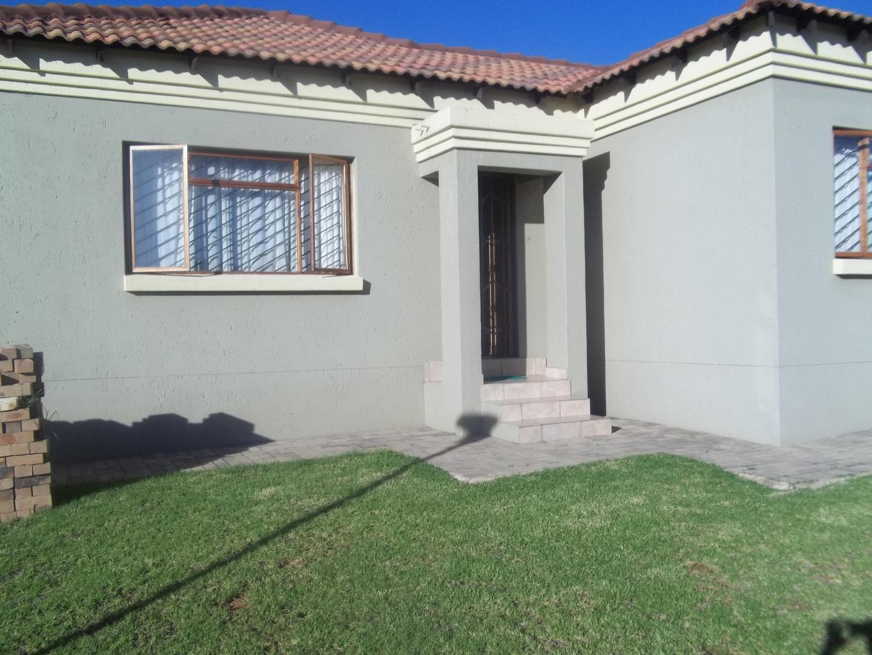 3 BedroomHouse To Rent In Tasbet Park