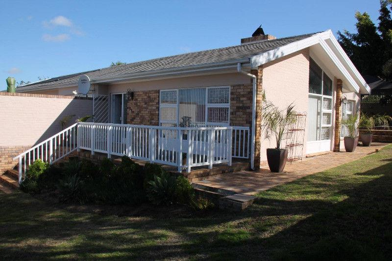 5 BedroomHouse To Rent In Stellenberg