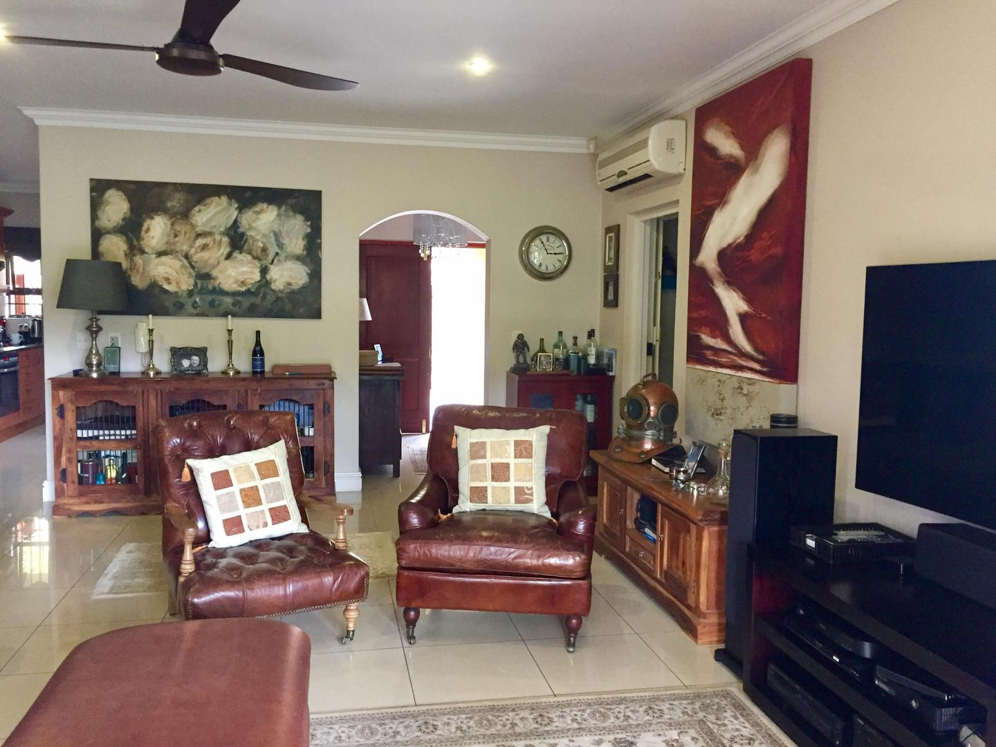 3 Bedroom House for sale in La Lucia 1801093 : photo#1