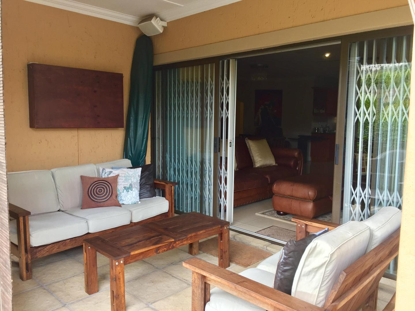 3 Bedroom House for sale in La Lucia 1801093 : photo#12