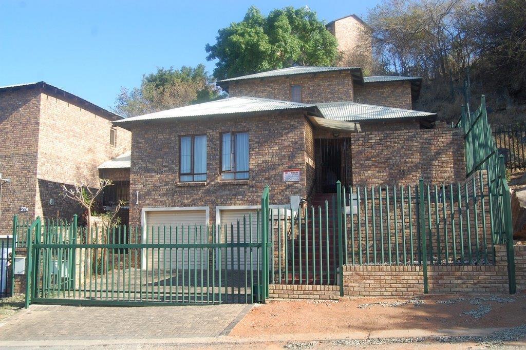 3 BedroomHouse To Rent In West Acres