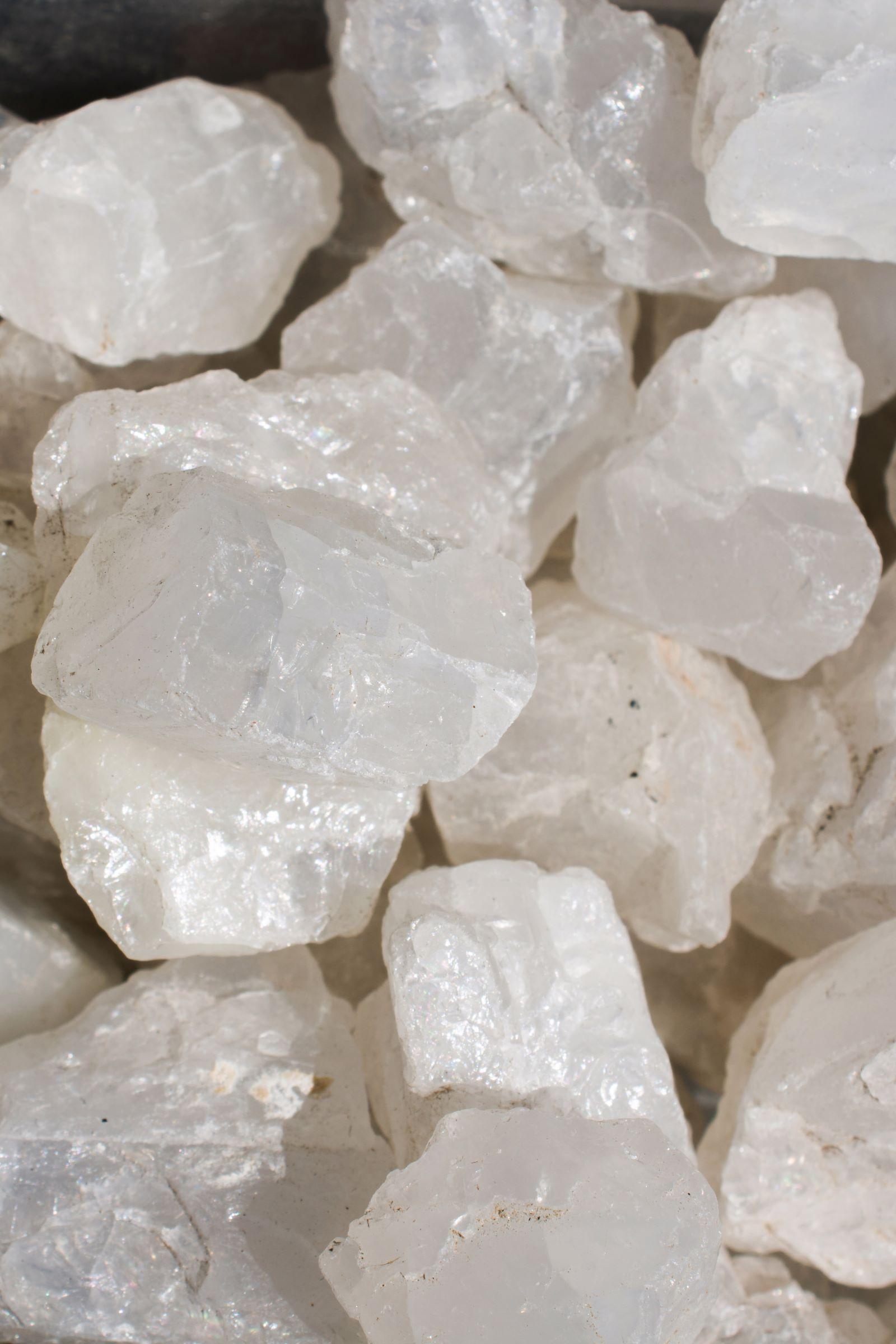 Mondsteine als natürliche Mineralsteine