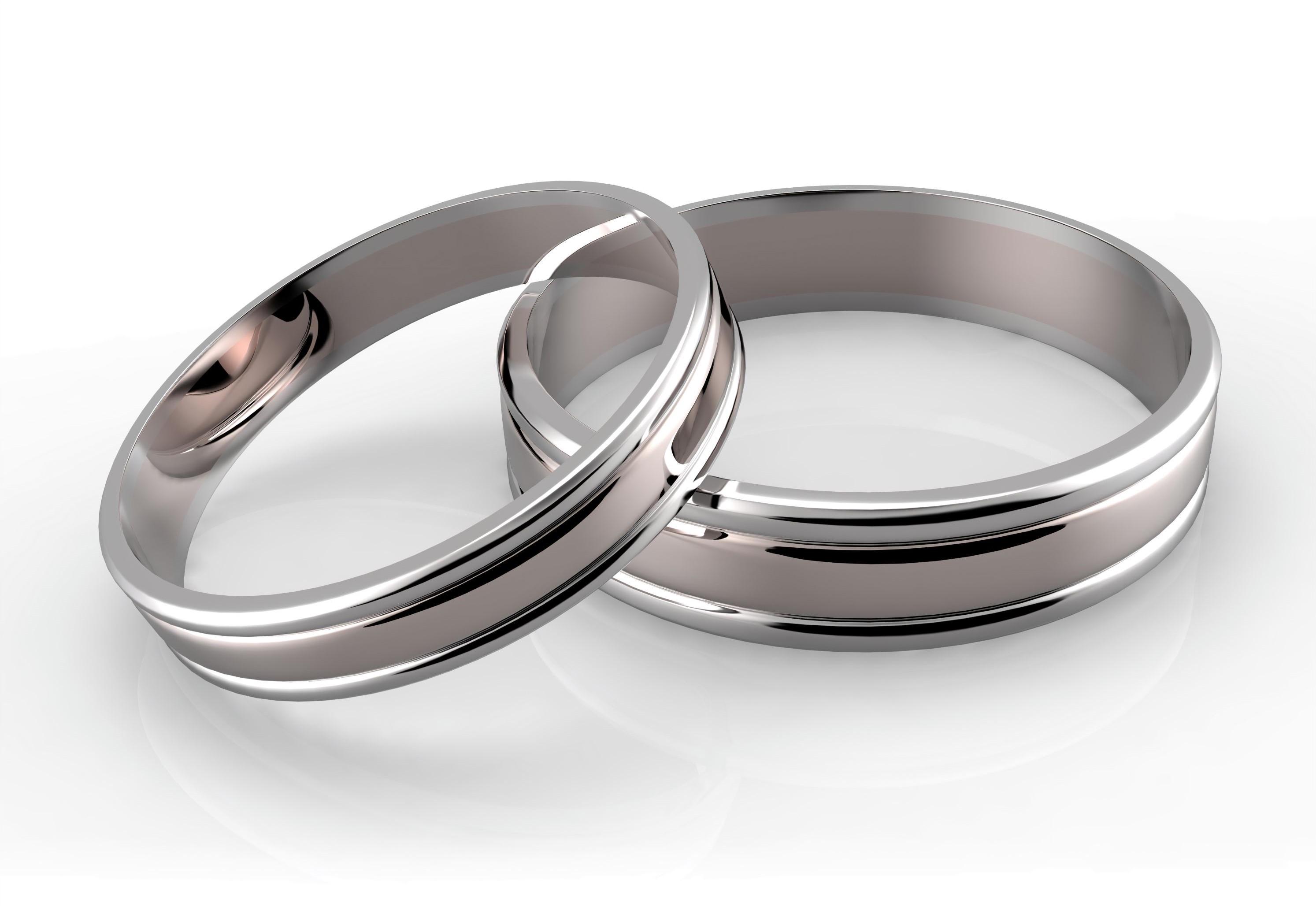 Zwei Eheringe aus Platin