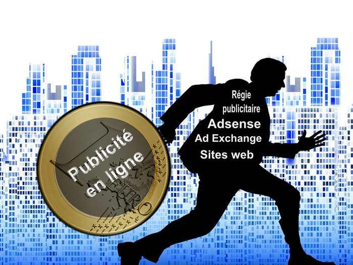 La publicité en ligne représente un secteur de 14 milliards de dollars, mais la moitié de cet argent va directement dans les poches de véritables escrocs. La faute aux bots et aux différents acteurs de la publicité en ligne qui continue de se couvrir pour éviter qu'on découvre l'une des plus grandes fraudes de l'histoire du web.