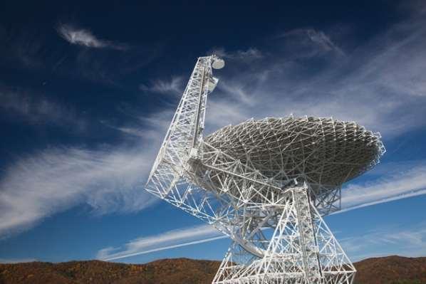 Le programme SETI reçoit 100 millions de dollars
