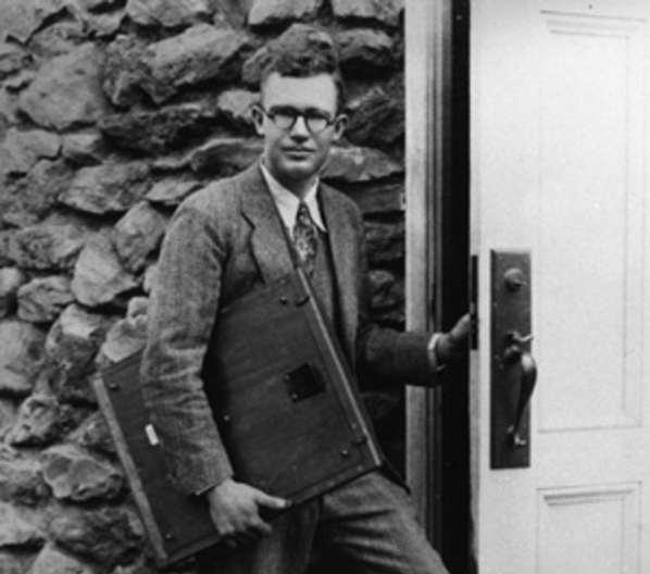 New Horizons transporte les cendres de Clyde Tombaugh, le découvreur de Pluton