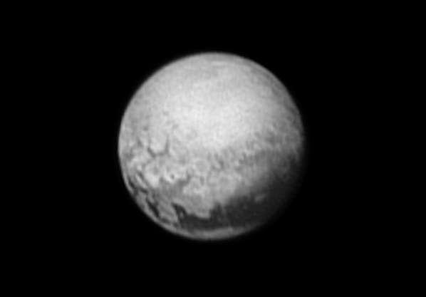 De nouvelles images de Pluton avec un aperçu sur sa géologie