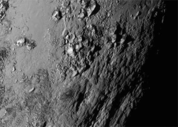 Pluton et Charon laissent les scientifiques dans la stupeur