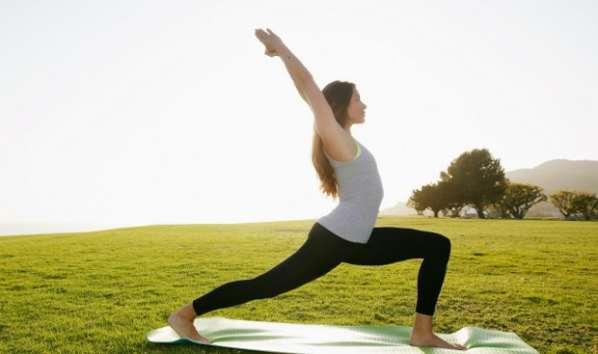 La Russie veut interdire le Yoga