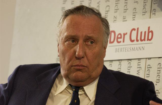 """Frederick Forsyth, l'auteur du """"Chacal"""" a été un agent du MI6 pendant 20 ans"""