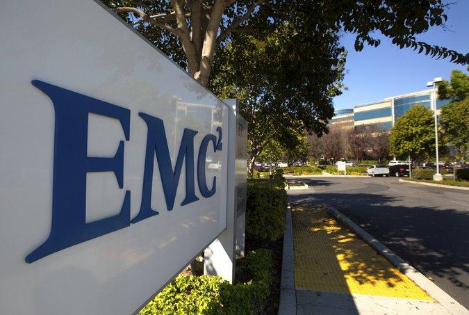 Dell rachète EMC pour 65 milliards de dollars, un record pour la technologie