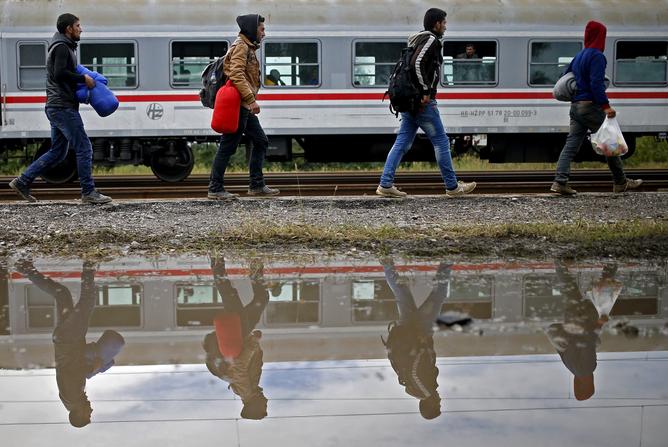 Quand l'Europe voit les migrants en double ou en triple