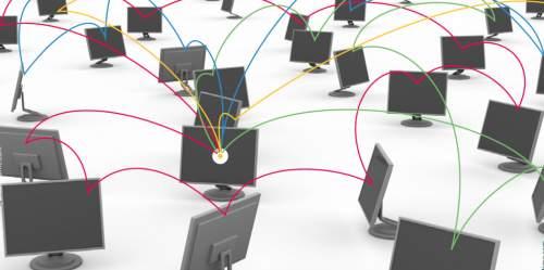 """Julia Reda : """"L'Europe prépare une attaque frontale contre le lien hypertexte"""""""