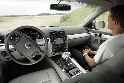 La Californie met un frein avec des législations strictes sur les voitures autonomes