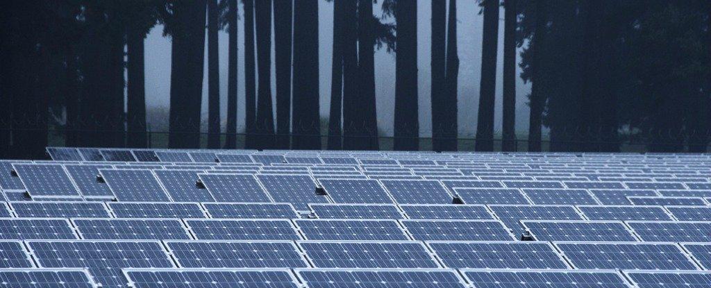 Une ville américaine rejette les panneaux solaires parce que cela épuiserait toute l'énergie du soleil