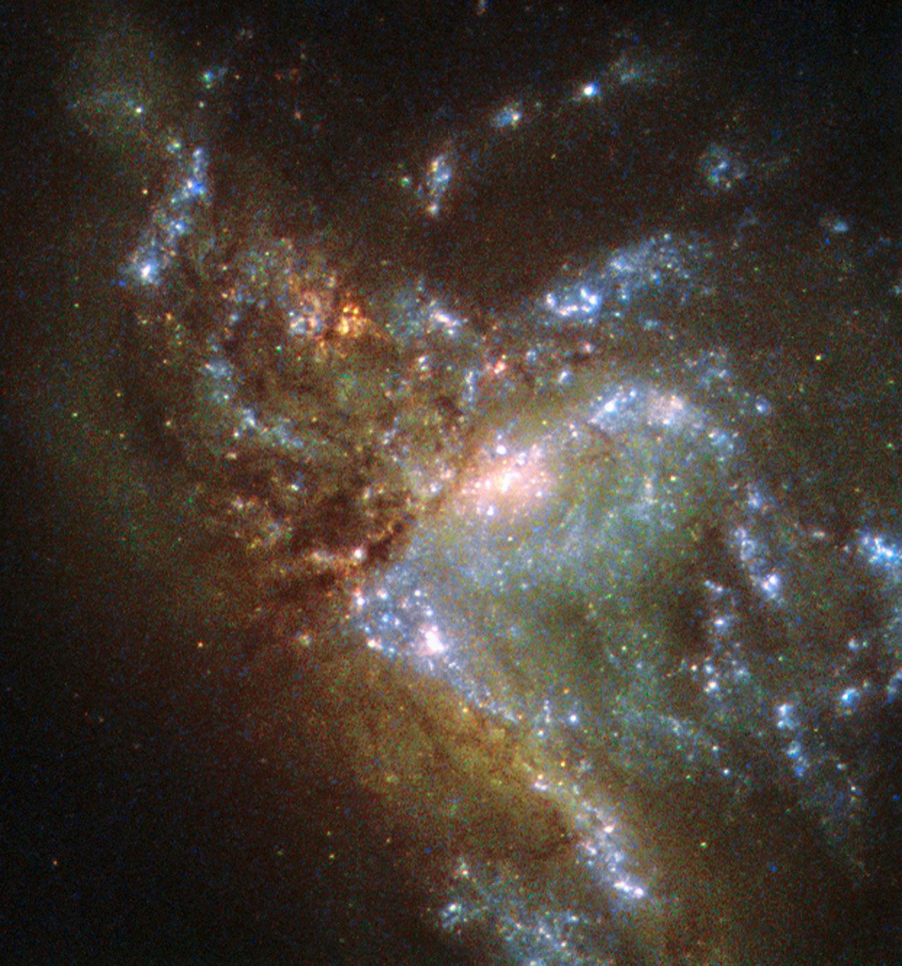 Hubble nous montre la fusion de 2 galaxies