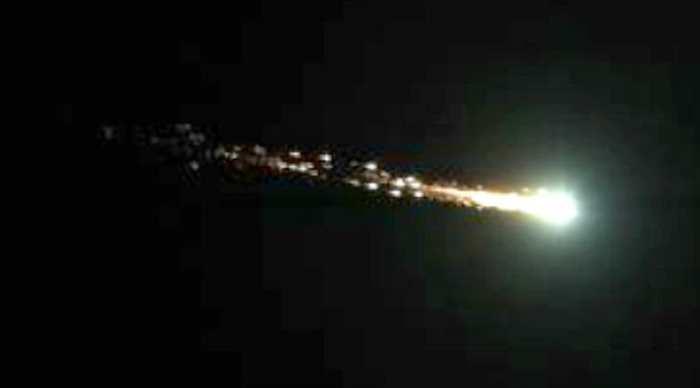 Un grand astéroïde a explosé au-dessus de l'Atlantique et personne ne l'a remarqué