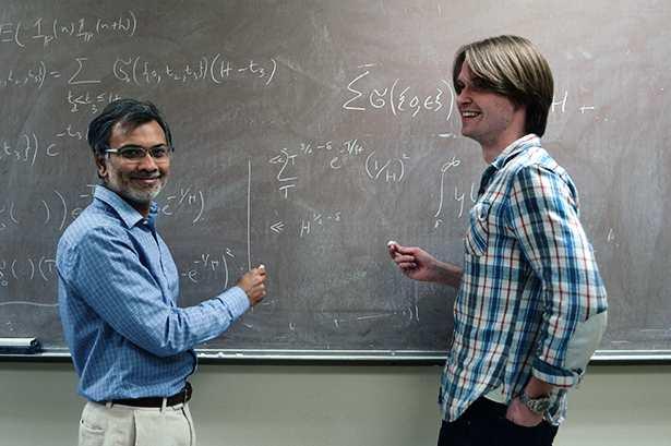 Lemke Oliver et Soundararajan, les 2 mathématiciens qui ont découvert une nouvelle propriété des nombres premiers